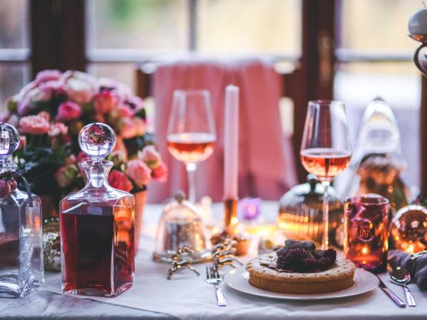 HD-Restaurant-dinner-table