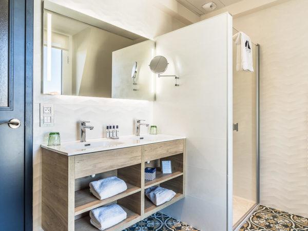 Madison saint jean de luz Hôtel quatre étoiles prestige salle de bain